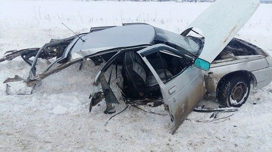 Видео смертельной аварии на трассе Игра-Глазов появилось в сети: «ВАЗ-2112 разорвало на части»