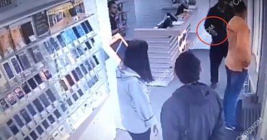 в новосибирске грабитель выстрелил