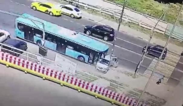 авария москва автобус