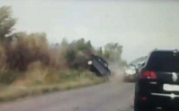 Страшная лобовая авария под Астраханью попала на видео: погибли 5 человек