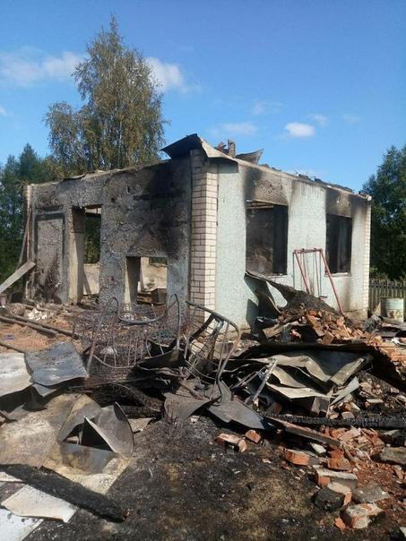 Под Вологдой сгорел единственный дом в деревне. Целые сутки никто не знал о гибели 6 человек