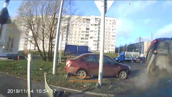 "Переворот ""Аутлендера"" в Череповце попал на ВИДЕО"
