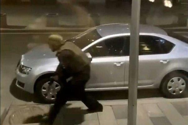 стрельба на Лубянке в Москве ФСБ видео